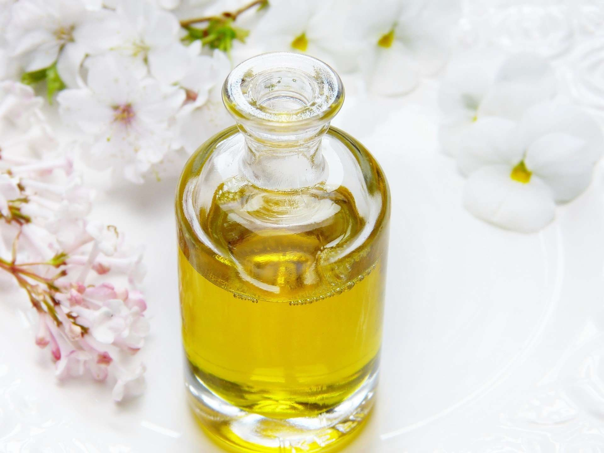 DIY Pain relieving Marijuana and Frankincense Massage Oil
